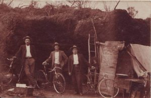 """""""A day off"""", James Halbert centre, photo courtesy of the Sandstone Historical Society and Visitor's Centre"""